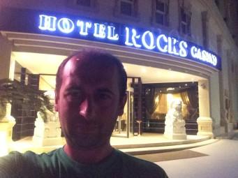 Hotel Rocks Casino